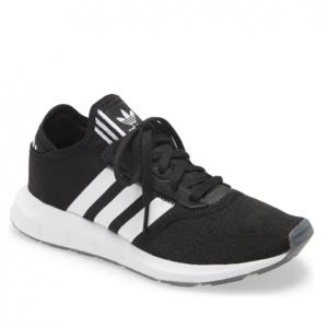 Nordstrom官网 adidas运动服饰鞋履专场