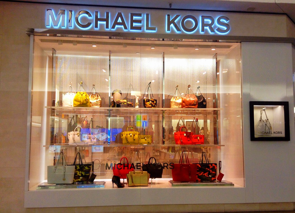 An Ultimate Guide to Michael Kors 5%(12% for a Limited Time) Cashback and Limits